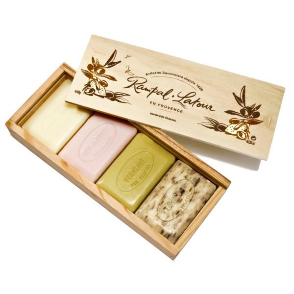 4 săpunuri naturale în cutie din lemn cadou Rampal Latour  Săpunuri Naturale Rampal Latour